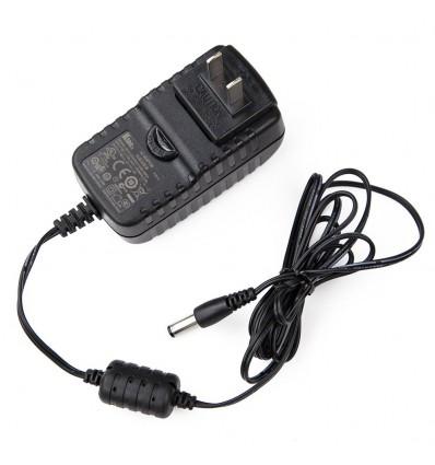 Adaptador de corriente 12V/1.5A